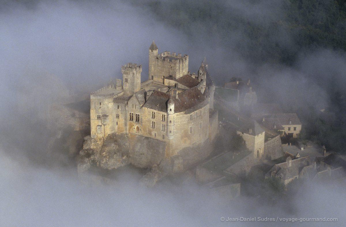 Château de Beynac, Vallée de la Dordogne / Castle of Beynac, Dordogne valley