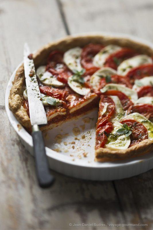 Tarte à la Tomate, mozzarella , basilic