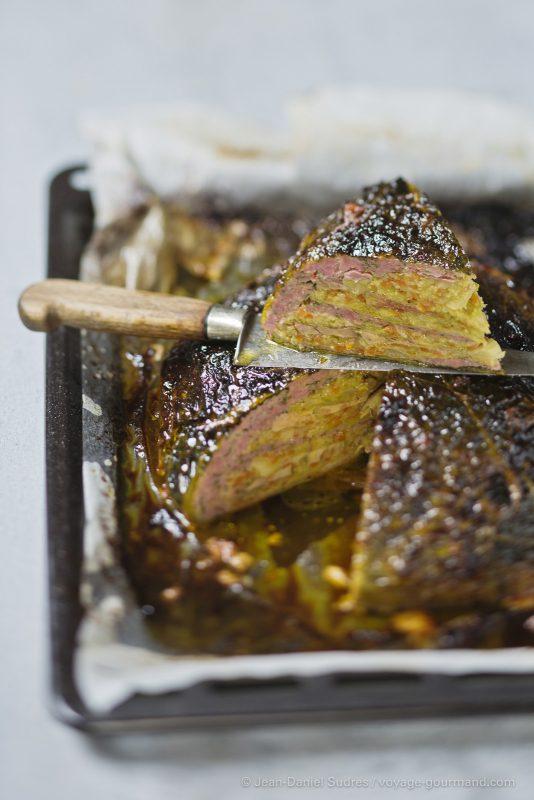 Chou farci, foie gras et saucisse de Toulouse